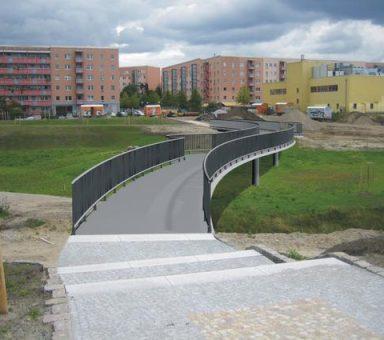 Fuß- und Radwegbrücke Hellersdorfer Graben in Berlin