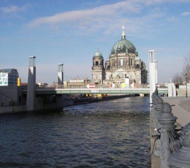 Rathausbrücke in Berlin